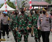 Tiba di Poso, Panglima TNI dan Kapolri Beri Arahan kepada Pos Kotis Madago Raya TNI Polri