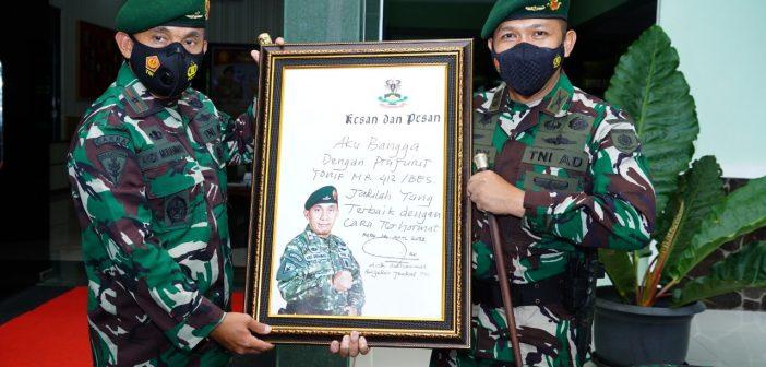 Perkenalkan Diri, Pangdivif 2 Kostrad Laksanakan Safari Ramadhan di Yonif Mekanis Raider 412 Kostrad