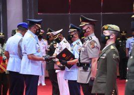 Sesko TNI Angkatan 48 Berakhir, Kolonel Inf Dwi Sasongko Jadi Lulusan Terbaik Penerima Wira Adi Nugraha